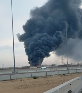 حريق في مصنع للمنتجات البلاستيكية